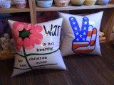 【〜1970年代】 ビニールエアクッション 2種類(WAR IS NOT.../FLAG PEACE)