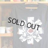 【 RED HOT CHILI PEPPERS / レッドホットチリペッパーズ 】USAオフィシャル・Tシャツ / 3サイズ(S,M,L)